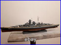 1700 German WW2 Bismarck battle ship complete model